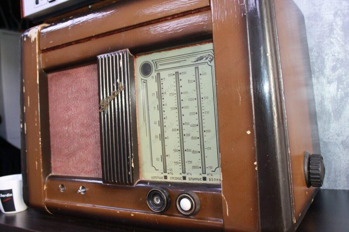 радиоприемник урал, ретро радиоприемник, продать радиоприемник по выгодной цене
